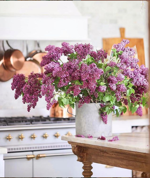 Spring Flowers | Spring Decor Ideas | Global Home Investing